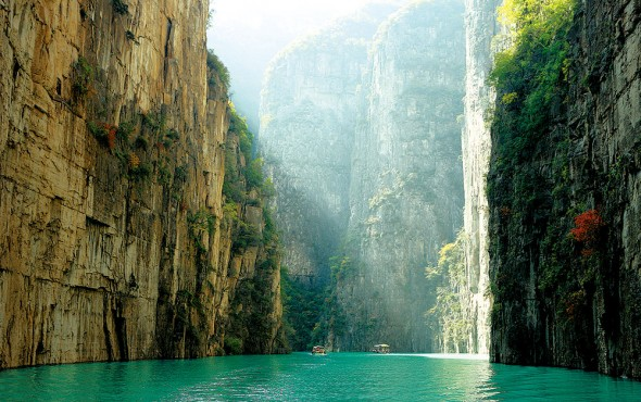 高谷の平湖